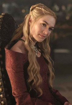 Make like Cersei Lannister and get Game of Thrones tresses with our step by step: http://www.sofeminine.co.uk/hair/game-of-thrones-step-by-step-d50215c585120.html