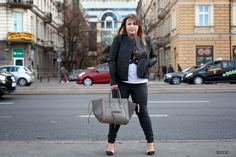 Chusta H&M Skórzana kurtka MANGO Koszulka STRIFASHION Spodnie RESERVED Bransoletki PANDORA, MY JEWELLERY Buty BERSHKA Torba CELINE