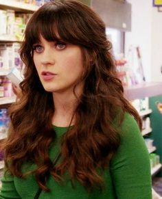 Friday im in love! Fab Zooey Deschanel hair tutorial :)