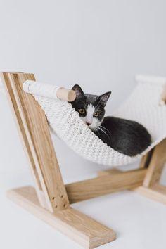 Handmade Macrame Cat Hammock From MakaArt Crafts - Design Milk Eco Furniture, Barbie Furniture, Furniture Legs, Garden Furniture, Furniture Design, Modern Cat Furniture, Plywood Furniture, Outdoor Furniture, Pet Hammock