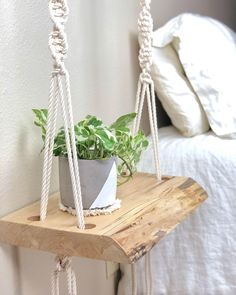 Hottest Cost-Free Macrame Plant Hanger bedroom Style Boho Bedroom Nightstands / Bohemian End Tables – Furniture Projects, Wood Projects, Woodworking Projects, Woodworking Wood, Woodworking Patterns, Garden Projects, Bedroom Night Stands, Decorating On A Budget, Bedroom Decor