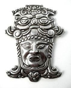 1940s LOS CASTILLO Taxco AZTEC KING 980 Silver Brooch