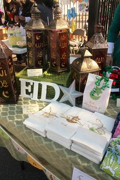 The Holy Month of Ramadan has reached to the end. It's time to decorate your home to welcome Eid! Remember the time when you used to be all excited about Eid? Let's bring the excitement back! Eid Crafts, Ramadan Crafts, Ramadan Decorations, Eid Mubarak Pic, Happy Eid Mubarak, Muslim Celebrations, Eid Holiday, Festive, Preparing For Ramadan