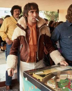 Keith Moon plays pinball