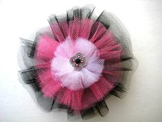Delicate tulle hair bow, hand crafted with 3 layers of contrasting black, hot pink and white. The center is crystal button sewn in for security. Tulle Hair Bows, Ribbon Hair Bows, Diy Hair Bows, Pink Tulle, Dog Bows, Baby Bows, Tulle Crafts, Black Hair Bows, Diy For Girls