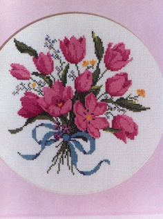 Vintage Cross Stitch Kit Tulip Bouquet The Creative Circle x Cross Stitch Kits, Cross Stitch Patterns, Creative Circle, Tulip Bouquet, Vintage Cross Stitches, Tulips Flowers, Needlepoint, Shabby Chic, Handmade Items