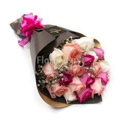 Luxury Pink Love - buchetsplendid, elegant si romantic, perfect pentru orice ocazie! Flori proaspete si speciale💕💕  https://www.floridelux.ro/luxury-pink-love-buchet-trandafiri-roz.html