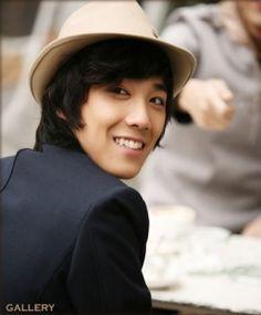 Lee Hong Ki. Last one, promise :)