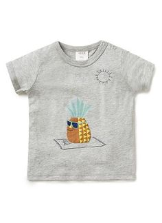 100% cotton jersey short sleeve tee with front sun baking pineapple applique