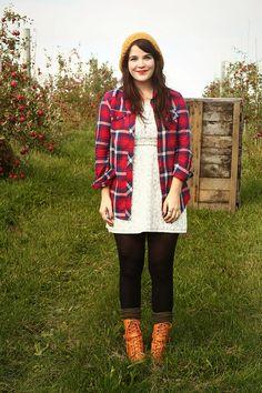 flannel, tunic, leggings, scrunched boot socks, lace up boots Des Vêtements, ad2f3c7060b
