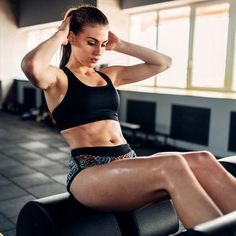 Buy Slim female athlete trains press in sport gym by on PhotoDune. Slim female athlete trains press in sport gym. Young woman exercise in fitness club Vicks Vaporub, Sport Chic, Sport Girl, Kids Sports, Sports Women, Sport Motivation, Fitness Motivation, Fitness Abs, Fitness Style