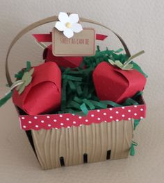 Strawberry basket with berries made from CURRENT STAMPIN' UP! products!!  It's berry season!