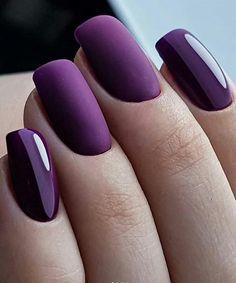 Fabulous Matte purple Nails Design For Short Nails – - Summer Nail Colors Ideen Ongles Gel Violet, Faux Ongles Gel, Violet Nails, Stylish Nails, Trendy Nails, Fancy Nails, Hair And Nails, My Nails, Matte Purple Nails