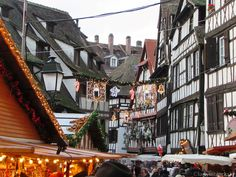 lady in black: Christmas markets #christmasmarkets #christmas #markets #strasbourg #decorations #winter #oldtown #merrychristmas #christmastree