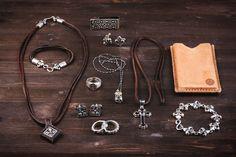 Ein Teil der Kollektion. Finest Man Jewelry. Photo: VonBerg Photography.Oldschool. Vintage Factory. Leipzig. Weikert Studio
