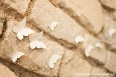 #papillons #mur #pierre #décoration #babyshower #pretty #wedding @Pretty Wedding