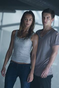 Shark 3d Xavier Samuel Sharni Vinson Foto Dal Film 8 Xavier Samuel Movies, Sharni Vinson, Alex Russell, Cariba Heine, Julian Mcmahon, Phoebe Tonkin, Home And Away, Face Claims, Fit