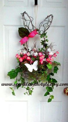 Items similar to Twig Bunny Wreath - Grapevine Bunny Wreath - Ivy Wreath - Spring Wreath - Easter Wreath - Door Hanger - Moss Wreath on Etsy Moss Wreath, Diy Wreath, Grapevine Wreath, Easter Wreaths, Spring Wreaths, Easter Templates, Easter Pillows, Deco Wreaths, Vides