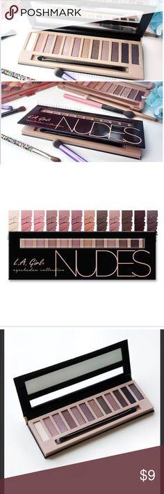 LA Girl Nudes Eyeshadow Collection Brick Unused xo Eyeshadow set with brush. Great for the makeup beginner. Highly covered by beauty bloggers. la girl Makeup Eyeshadow