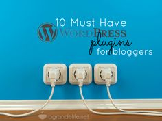 10 must have wordpress plugins for bloggers - My favorite from Steph's list? Comment Luv and nRelate.