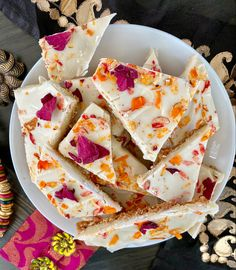 Caramelized White Chocolate and Peda Bark Cookie Crust, Cookie Dough, Caramelized White Chocolate, Cookie Recipes, Snack Recipes, Eat Happy, Indian Dessert Recipes, Eat Dessert First, How To Make Chocolate