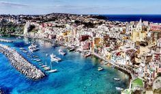 Image from http://ffaasstt.swide.com/wp-content/uploads/2014/07/Sailing-holidays-in-Italy-4-best-destinations-and-itineraries-including-Amalfi-Coast-and-Sicily-cover.jpg.