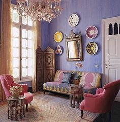 Purple Bohemian Room. pinks.