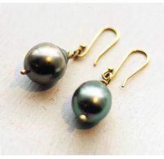 jewellery of distinction Pearl Drop Earrings, Jewellery, Pearls, Pearl Earrings, Jewels, Schmuck, Beads, Jewelry Shop, Jewlery