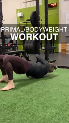 Physical Fitness, Yoga Fitness, Fitness Tips, Gym Workout Videos, Gym Workouts, Workout Mat, Primal Movement, Animal Flow, Martial Arts Workout