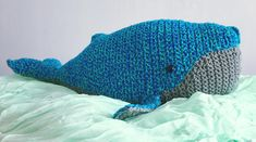 Bébé Baleine à Bosse 🐋 Fait main par Adriana Bozzini Dinosaur Stuffed Animal, Etsy, Animals, Plush, The Originals, Humpback Whale, Bebe, Handmade, Animales