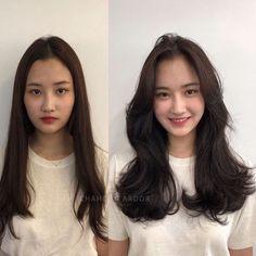 Korean Medium Hair, Korean Long Hair, Medium Hair Cuts, Medium Hair Styles, Short Hair Styles, Layered Hair With Bangs, Long Hair With Bangs, Haircuts Straight Hair, Hairstyles With Bangs