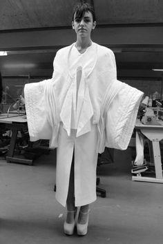 Fashion as Art - white garment with sculptural sleeves - experimental shapes; 3D fashion // Ewgeniya Lyras