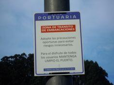 Señal en el Puerto. Lastres (Asturias)