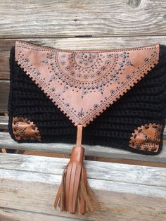 Items similar to Crochet Purse Leather Clutch Fringe Bag Tassel Black on Etsy Crochet Clutch, Crochet Handbags, Crochet Purses, Handmade Handbags, Handmade Bags, Leather Clutch, Leather Purses, Pochette Diy, Crochet Shell Stitch