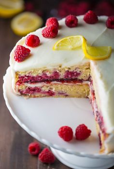 If you like lemons and raspberries you're going to LOVE this Lemon Raspberry Cake!
