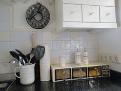 styling hoekje in onze keuken met gruttersbakken van Piet Zwart, made by MJ