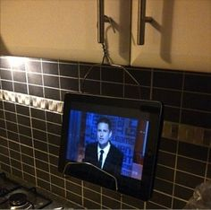 Cool and easy diy iPad holder
