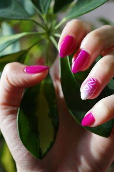 Spring nails #nails #spring #pink #springnails #hybridnails #inspiration