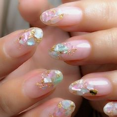 From New York, with inspiration from Japan, reaches CDMX Latin Witch, a place where you can bring your nails and creativity to another level. Cute Nail Art, Cute Nails, My Nails, Korean Nail Art, Korean Nails, Minimalist Nails, Minimalist Style, Seashell Nails, Kawaii Nails