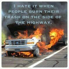 its a ford so it is trash! dont you just hat it when ppl do that! buy a chevy this wont happen! Ford Memes, Ford Humor, Chevy Memes, Truck Quotes, Truck Memes, Car Jokes, Funny Car Memes, Truck Humor, Hilarious