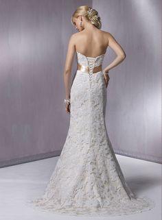 #atelierdelanoviabogota #vestidodeboda #vestidodenovia #bodabogota #eventos #bogota #bodas #love #amor #armatuboda #colombia #diseño #elegancia  #matrimonio #exclusivo SOTTERO www.maggiesottero.com