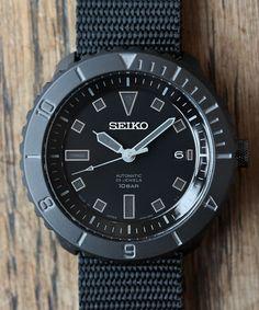 ナノ・ユニバース直営通販サイト別注ダイバーズモデルNU限定: レーベルnano・universe ONLINE STORE [ ナノ・ユニバース オンライン ストア ] Amazing Watches, Beautiful Watches, Cool Watches, Watches For Men, Seiko Marinemaster, Rolex Wrist Watch, Seiko Monster, Seiko Mod, Seiko Diver