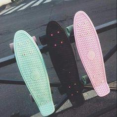 Imagem de pink, black, and skate