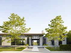 Image 1 of 15 from gallery of Sagaponack Compound House / Blaze Makoid Architecture. Photograph by William Waldron Hamptons House, The Hamptons, Compound House, Glass Curtain Wall, Ground Floor Plan, Architecture Photo, Amazing Architecture, Modern Architecture, Modern Buildings