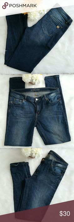 Michael Kors skinny jeans Dark faded wash. 16 inches flat and and 29 long. They have some stretch. Michael Kors Jeans Skinny