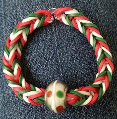 Rainbow Loom ... Christmas Bauble