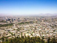 """639 curtidas, 26 comentários - Travel Blog by Gabi 💙 Rafa (@acumulandoviagens) no Instagram: """"🌎 Santiago, 🇨🇱 Chile . Um dos lugares que mais gostei de visitar na cidade de Santiago foi o Cerro…"""""""