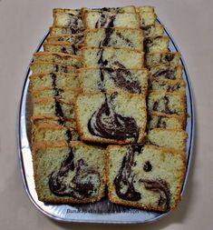 Chec oparit - Bunătăți din bucătăria Gicuței Romanian Food, Loaf Cake, Sweets, Bread, Baking, Desserts, Recipes, Addiction, Tricot
