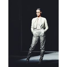 Outfit no.6 from #gogandru collection  #fashion #fashiondiaries #design #galamodauvt2015 #galamodauvt #galauvt #galauvt2015 #picoftheday #vscocam #timisoara #ootd #art #texture #fashiondesign #designer #sculptural #minimalism #white #pictureoftheday #clothes #architecture #inspiration #metallic #holographic #silver #student #collection #instagood #instafashion