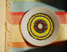 Para decorar tu pared favorita o tomarte unas buenas tostadas. Pintado a mano, apto para lavavajillas y microondas. Consulta o encargo: Pachimudesign@gmail.com